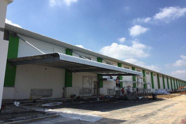 Mái Canopy nhà xưởng bằng thép