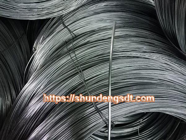 Sắt phi 8 là loại sắt có đường kính cắt ngang bằng 0,8cm (8mm)